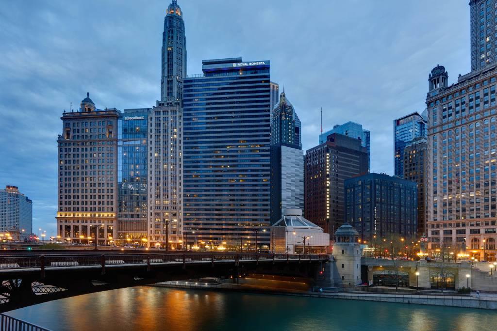 Royal Sonesta Chicago Riverfront_Hotel Exterior(1)